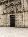 Puerta santa en la catedral de San Jaime Compostela Foto de archivo libre de regalías