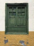 Puerta Shuttered Imágenes de archivo libres de regalías