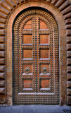 Puerta tachonada masiva Fotografía de archivo