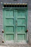 Puerta vieja de Grunge Fotografía de archivo libre de regalías