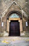 Puerta vieja de la iglesia Imagen de archivo libre de regalías