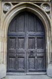Puerta vieja de la iglesia Fotos de archivo