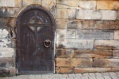 Puerta vieja del metal Foto de archivo libre de regalías