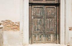 Puerta vieja del vintage que adorna Imágenes de archivo libres de regalías