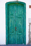 Puerta vieja verde única Imagen de archivo