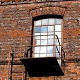Puerta y salida de incendios de cristal Fotos de archivo libres de regalías