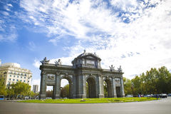 Puertaen de Alcala, Madrid Royaltyfri Fotografi
