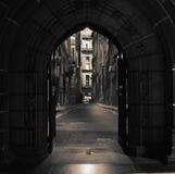 Puertas arqueadas en el edificio antiguo imagen de archivo libre de regalías