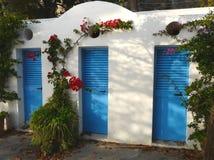 Puertas azules en Positano, Italia Fotografía de archivo