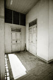 Puertas blancas Imágenes de archivo libres de regalías