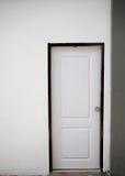 Puertas blancas para los interiores Imagen de archivo