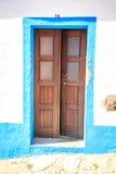 Puertas coloridas en Portugal Imágenes de archivo libres de regalías