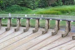 Puertas de agua para la irrigación Imagen de archivo