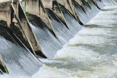 Puertas de agua para la irrigación Imagen de archivo libre de regalías