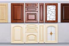 Puertas de armario de cocina fotografía de archivo libre de regalías