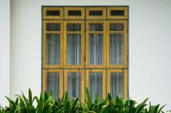 Puertas de cristal artísticas fotos de archivo