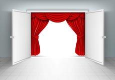 Puertas de entrada con las cortinas rojas Imagenes de archivo