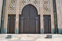 Puertas de Hassan II de la mezquita Imagen de archivo libre de regalías