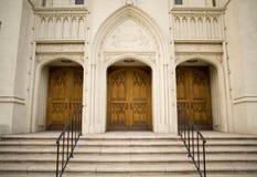 Puertas de la iglesia Foto de archivo libre de regalías