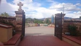 Puertas de la iglesia Imágenes de archivo libres de regalías