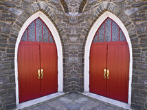 Puertas de la iglesia imagen de archivo