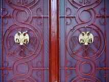 Puertas de la iglesia ortodoxa Foto de archivo libre de regalías
