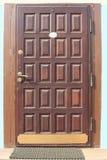Puertas de madera. Foto de archivo