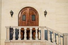 Puertas de madera del castillo Foto de archivo