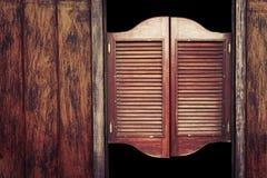 Puertas de madera del salón del viejo vintage Foto de archivo libre de regalías
