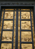 Puertas de oro del duomo Fotografía de archivo
