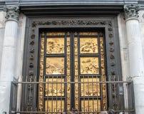 Puertas de oro de Florence Baptistery foto de archivo