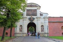 Puertas de Petrovsky Fortaleza del ` s de Peter-Pavel St Petersburg imágenes de archivo libres de regalías