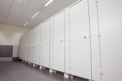 Puertas de retretes Fotos de archivo