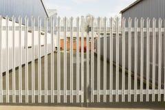Puertas de seguridad bloqueadas imagen de archivo libre de regalías