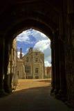 Puertas del castillo imágenes de archivo libres de regalías