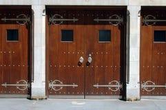 Puertas del viejo estilo Fotos de archivo libres de regalías