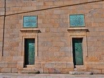 Puertas en la torre de Hércules imágenes de archivo libres de regalías