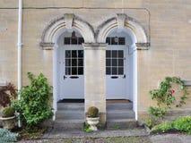 Puertas principales fotos de archivo