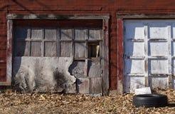 Puertas resistidas del garaje Fotos de archivo