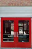 Puertas rojas fotografía de archivo libre de regalías