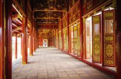 Puertas rojas, ciudadela imperial, tonalidad, Vietnam Imagen de archivo libre de regalías
