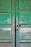 Puertas verdes Imágenes de archivo libres de regalías
