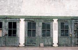 Puertas verdes Imagen de archivo libre de regalías