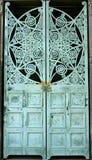 Puertas verdes de la pátina Fotografía de archivo libre de regalías