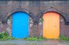 Puertas viejas del color Fotografía de archivo libre de regalías