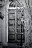 Puertas viejas fantasmagóricas Imágenes de archivo libres de regalías
