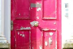 Puertas y puertas de madera y del metal Foto de archivo