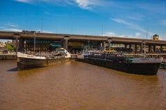 Puerto Буэнос-Айрес Аргентина Рио Ла-Плата стоковое фото rf