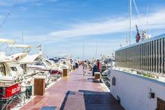 Puerto Banus,安大路西亚,西班牙 免版税库存照片