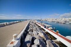 Puerto Banus marina och pir i Spanien Arkivfoto